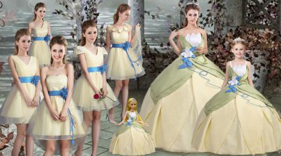 Sweet Satin Scalloped Sleeveless Lace Up Hand Made Flower 15th Birthday Dress in Light Yellow