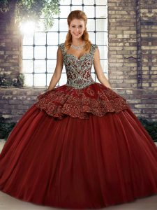 Inexpensive Sleeveless Floor Length Beading and Appliques Lace Up Quinceanera Gowns with Wine Red