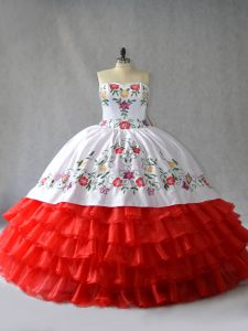 Inexpensive White And Red Lace Up Sweetheart Embroidery and Ruffled Layers Sweet 16 Dresses Organza Sleeveless