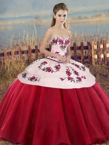 Floor Length Lace Up Sweet 16 Dress White And Red for Military Ball and Sweet 16 and Quinceanera with Embroidery and Bowknot