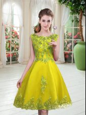 Fashion Scoop Sleeveless Evening Dress Knee Length Beading and Appliques Yellow Green Tulle