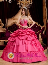 Stylish Pretty Hot Pink Appliques Quinceanera Dress With Ruffles Sweetheart Ball Gown  For Winter In Buenos Aires Argentina Style QDZY154FOR